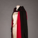 DRAMATIC BLACK & RED EVENING CAPE, PARIS, EARLY 1920s